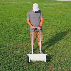 buy fertilizer spreader lawn