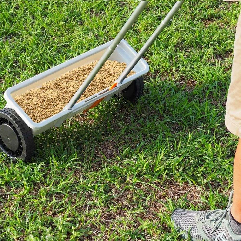 buy fertilizer spreader lawn online